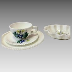 China, Fine China, Westmoreland China, Westmoreland Beaded Edge, Westmoreland Beaded Edge Fruit, Grape China, Grapes (CHIN10019)
