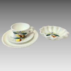 China, Fine China, Westmoreland China, Vintage China, Westmoreland Beaded Edge, Westmoreland beaded edge fruit, Peach China (CHIN10022)