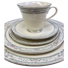 Vintage Lenox Charleston 5 Piece Place Setting In Original Box and Packaging (CHIN10028e) ONLY ONE AVAILABLE!