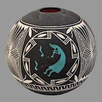 New Mexico Pueblo Indian Pottery by artist E. Garcia Jr 1996 on SALE Thru 12-17-2020