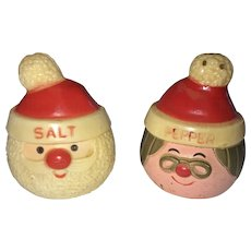 Vintage 1980 Santa Claus and Mrs. Claus Salt and Pepper Shaker Set (OTH10182)