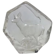 "Beautiful Mats Jonasson ""Deer With Fawn"" Engraved Lead Crystal Sculpture (OTH10349)"