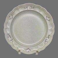 Vintage Circa 1948 Pfaltzgraff Heirloom Large Ceramic 10.5 inch Dinner Plates with Floral Design (OTH10449)