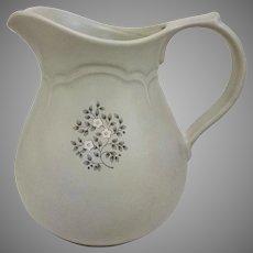 Vintage Circa 1948 Pfaltzgraff Heirloom Ceramic 64 ounce Pitcher (OTH10455)