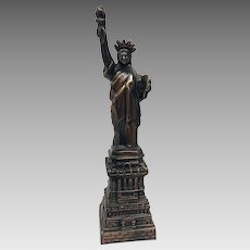 Vintage Circa 1950s Statue of Liberty Bronze Desk Statue- an Excellent Example of Mid-Century Patriotic Decor (OTH10499)