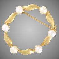 Pearl Circle Eternity Pin / Brooch vintage circa 1962