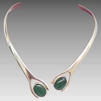 Vintage Famed Taxco Sterling Silver Hinged Necklace with Jade Accents (SS10347)