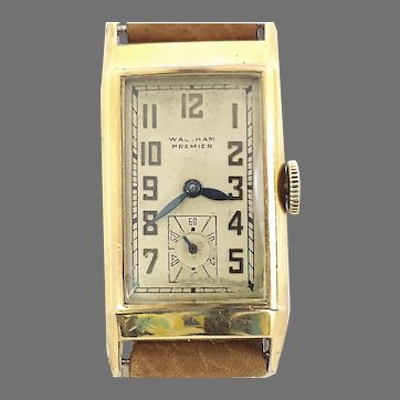 Waltham Premier 21 Jewels Curvex Style Wrist Watch, Authentic Vintage Circa 1938 (WAT10392) Running and Accurate