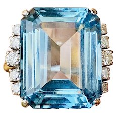 Vintage Estate 14k Gold 22ct Blue Topaz Diamond Cocktail Ring