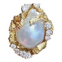 Vintage Heavy 1960s Retro 18k Gold Freeform Baroque Pearl Diamond Ring