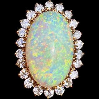 Stunning Estate 18kt Gold 18ct Opal 1.40ct Diamond Halo Ballerina Ring