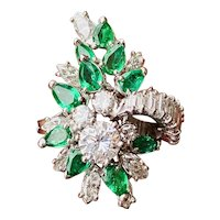 Impressive Vintage Platinum 4.5ct Diamond Baguette Pear Emerald Ballerina Cocktail Ring