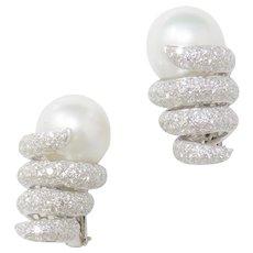 Stunning 18k Gold South Seas Pearl and 2.50 carat F/VVS Diamond Earrings Pierced/Clip