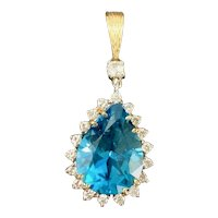 Vintage Estate 14K Gold 16.85 CTW London Blue Topaz 0.85 Ctw Diamond Pendant 8.5 Grams