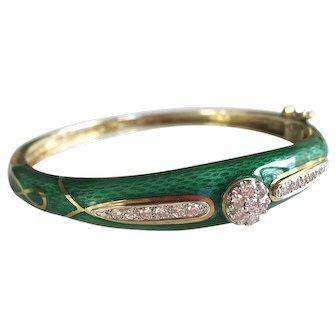 La Triomphe 14K Gold Diamond and Green Enamel Bangle