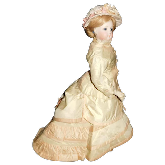 "16"" Antique Beautiful French Fashion Doll With Kid Leather Body & Lovely Clothing"