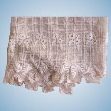 Early 1900's Era Fine Pattern Netting Lace