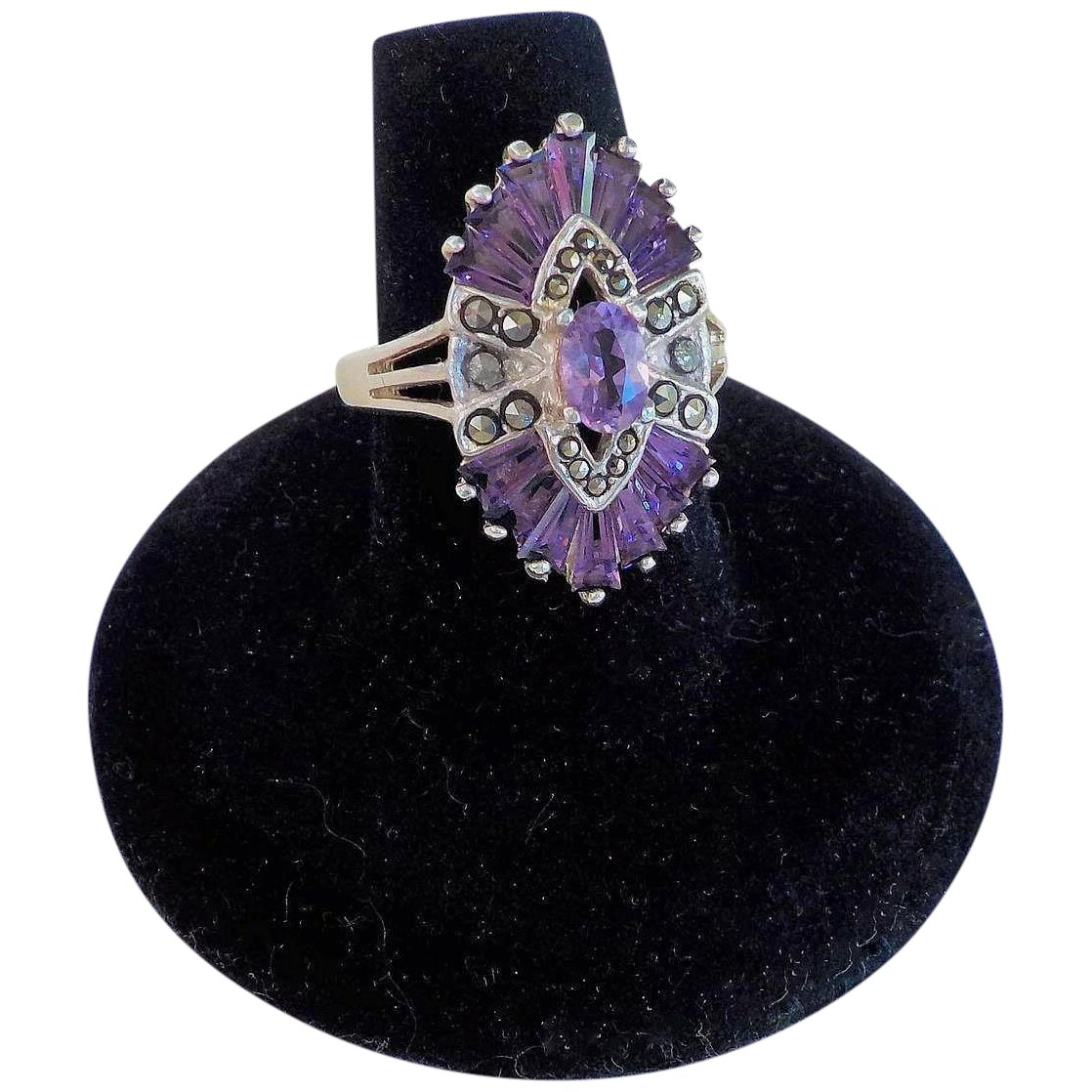 Size O Beautiful 925 Sterling Silver Triple Facetted Amethyst and Marcasite Art Deco Ring