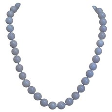 Vintage 1960's 14k Lavender 10mm Jadeite Necklace