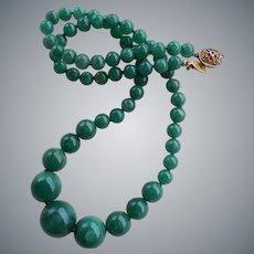 Vintage 1900's Chinese Emerald Green Aventurine Graduated Necklace