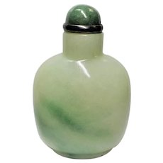 Vintage 1900's Chinese Export Green Jade Snuff Bottle with Spoon