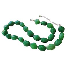 Vintage 1980's Chinese  Hand Carved Apple Green Aventurine Necklace