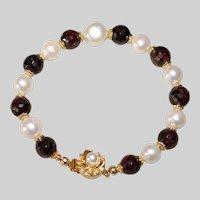 Garnet and Pearl Bracelet.
