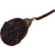 A French beaded evening bag with gilt metal filigree clasp. c 1920