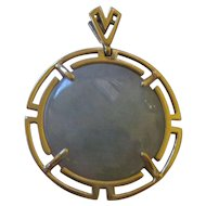 Jadeite 14K yellow gold oriental look Pendant.