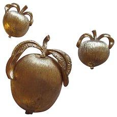 Vintage Sarah Coventry golden apple set