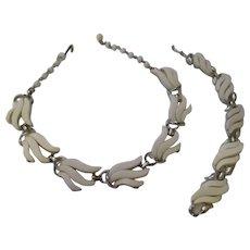 Vintage White thermoset necklace/bracelet set