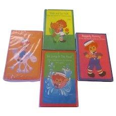 NIP x 4/ 1975 Raggedy Ann and Andy Card Games