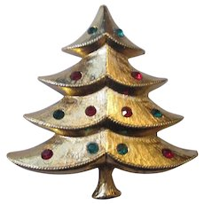 Collectable script Park Lane Christmas Tree Brooch