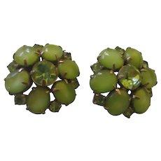 Vintage glass green rhinestone clamp earring