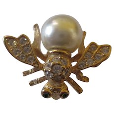 Joan Rivers Classic Collections bee brooch