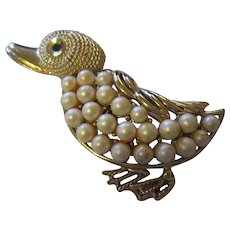 Vintage Coro duck with faux pearls