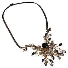 Vintage Coro Unique necklace