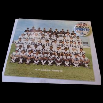 Cowboys Memorabilia  Cowboys 1971 lobby card/1993 super bowl button