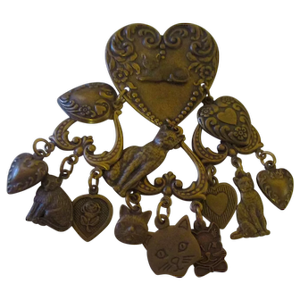 Heart shaped Cat Charms brooch