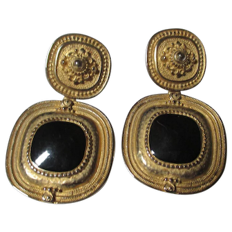 Highly collectable Erwin Pearl  door knocker clamp earrings