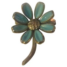 Vintage earlier crown Trifari faux turquoise daisy brooch