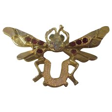Lucky horseshoe Bee Brooch