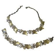 Vintage Lisner necklace and bracelet