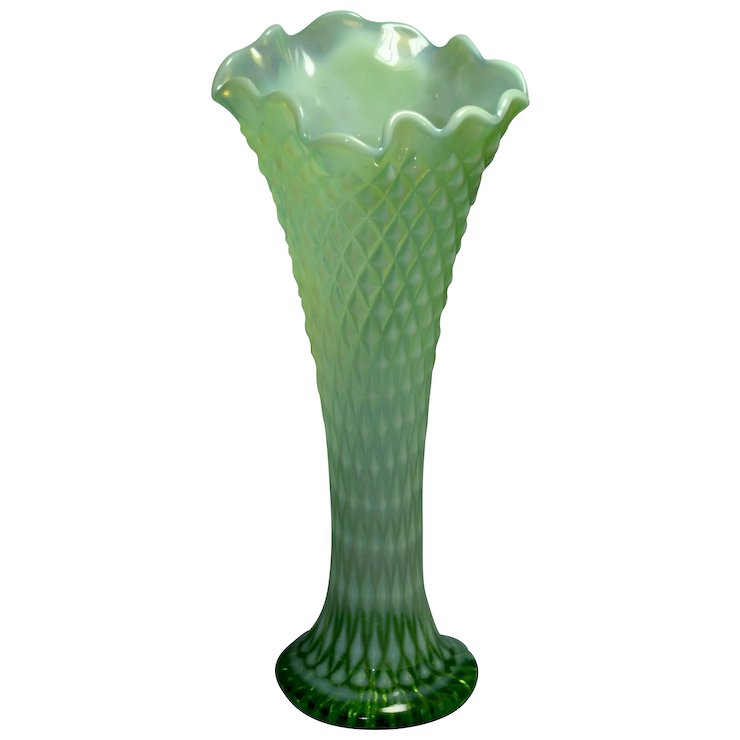 Northwood Vintage 11 Inch Tall Swung Vase Green Opalescent Diamond