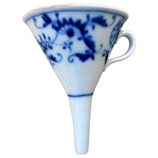 Early Porcelain Funnel, Blue Onion, Ca 1900