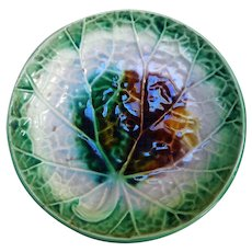 19th Century Majolica Begonia Shallow Bowl