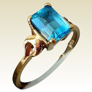 Vintage Estate Ring, 14K Gold and Topaz