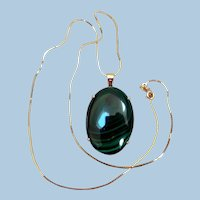 Vintage 14K Gold Malachite Pendant & Chain