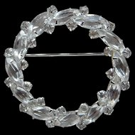 Festive Sterling Silver Clear Rhinestone Holiday Wreath Brooch Coat Jacket Pin