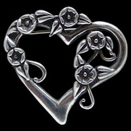 Large Flowers Open Heart Shape Brooch Pin Good Looking Nice